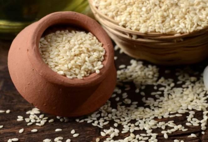 Кунжут: польза молодильного семени
