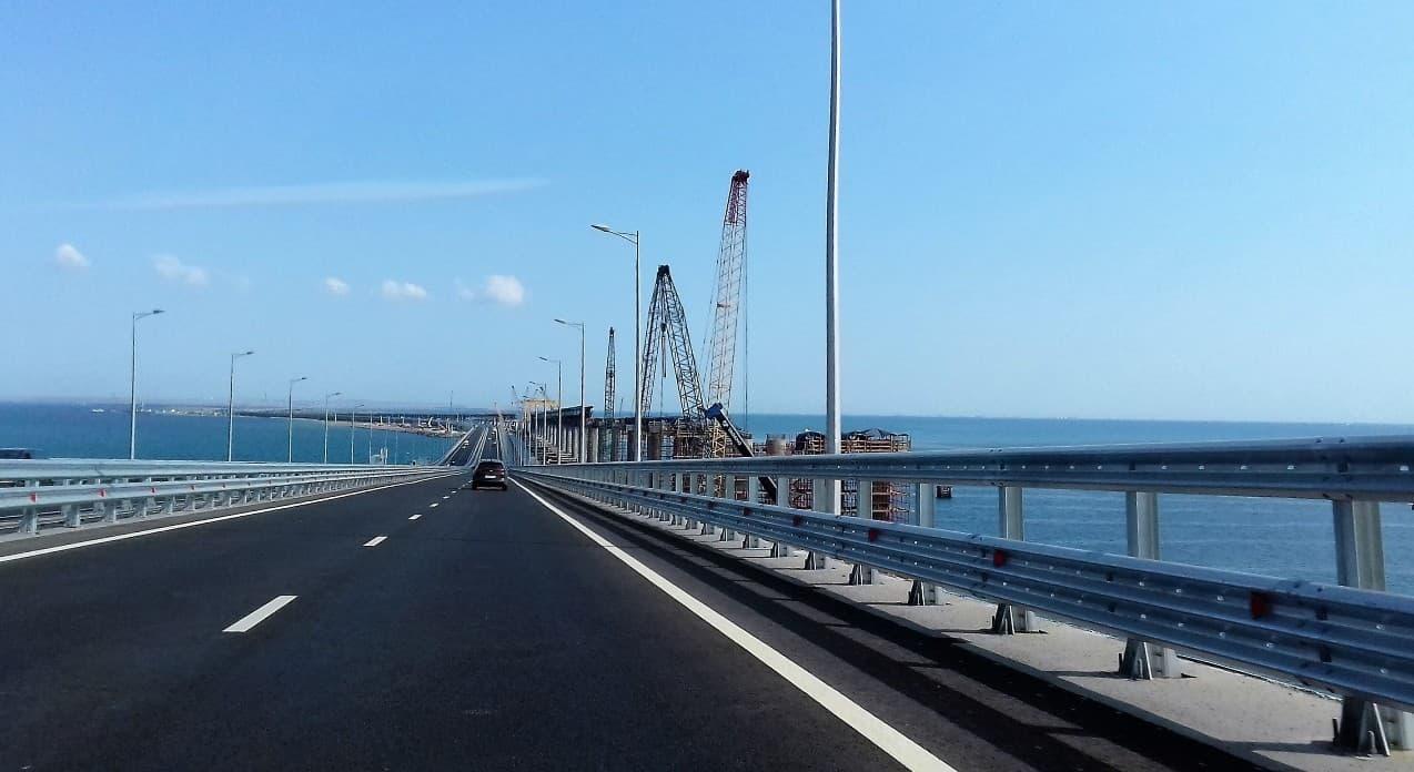 Из Анапы в Крым по новому мосту