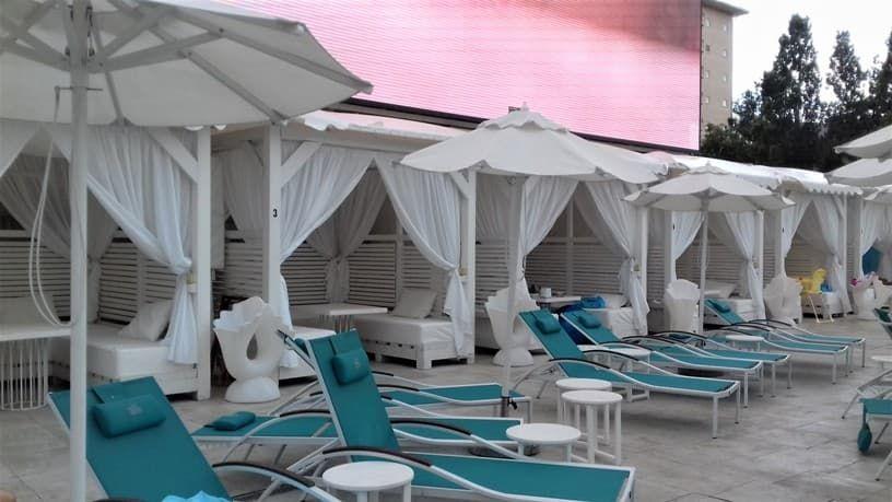 Пляжный клуб Бора-Бора в Анапе